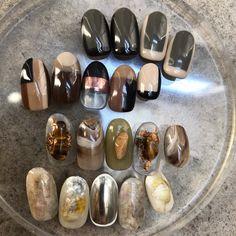 画像に含まれている可能性があるもの:靴 in 2020 Goth Nails, Stylish Nails, Body Mods, Winter Nails, Nail Inspo, Diy Nails, Nails Inspiration, How To Do Nails, Pretty Nails