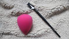 Gözde'nin Blog Günlüğü: Avon Makyaj Süngeri ve Kaş Fırçası #avon #avonrep #makyajsüngeri #kaşvekirpikmmakyajı #güzellik #makyaj #makeup