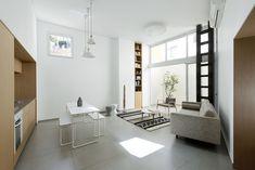 Jaffa Garden Apartment is a minimalist house located in Tel Aviv, Israel, designed by Itai Palti.