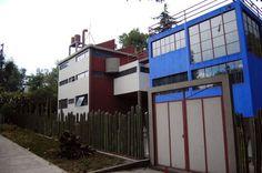 Visiting Casa Estudio Diego Rivera