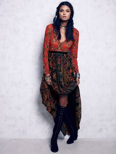Free People Saffron Printed Maxi at Free People Clothing Boutique Boho Hippie, Bohemian Soul, Cute Summer Dresses, Casual Dresses, Winter Dresses, Gypsy Style, My Style, Glam Style, Black And Blue Dress