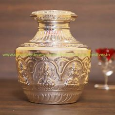 Size: Weight: 1100 Grams Generally used in weddings, homams, pooja paaths One. Silver Trays, Silver Lamp, Silver Pooja Items, Pooja Room Door Design, Silver Furniture, Flower Rangoli, Puja Room, Diy Crafts To Do, Wedding Giveaways