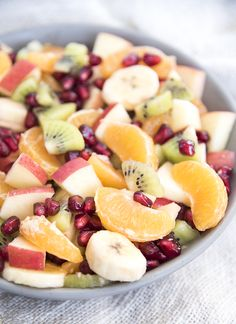 This simple fruit salad is loaded full of winter fruits, and is perfect for a holiday party or dinner side dish. **This winter fruit salad is made are made using SPLENDA® Naturals as part of a sponsored post for Socialstars #SplendaSweeties #SweetSwaps #SplendaSavvies All opinions are my own. This fruit salad is packed full of 5 different...Read More »