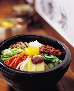 Bibimbap. korean food.