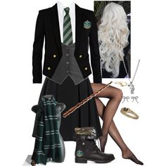 Sorting hat put me in Slytherin while I was at Harry Potter camp. Kinda glad it did... This outfit is hot.