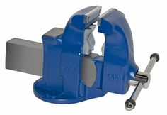 Pipe and Bench Vise Model 133c