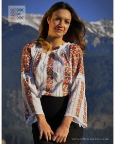 Blouse Roumaine brodée à la main. Traditional Art, Romania, Kimono Top, Deco, Blouse, Beautiful, Tops, Women, Fashion