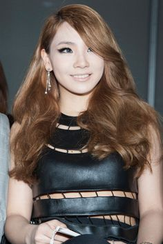 2NE1 CL ...her hair so pretty Come visit kpopcity.net for the largest discount fashion store in the world!!