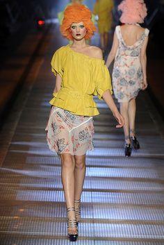 John Galliano Spring 2009 Ready-to-Wear Fashion Show - Toni Garrn (Women)
