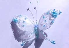 Plastic bottle craft is a nice way to recycle plastic bottles. Sometimes these crafts are so beautiful that can exceed your expectation. Here is a fun DIY project to make alace and beads decoratedbutterflyfromplastic bottles. Itlooks so prettywith white lacewings, and sparkling beaded body. It's very simple to make and …