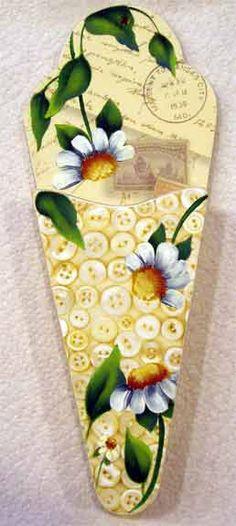 Scissor holder pattern Original design by Cheryl Poulin