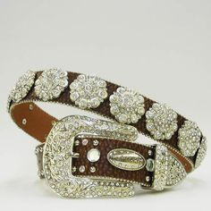 Perfect bling belt, simple yet just enough sparkle for any occasion! In stock, size medium, measuring 40 inches! $70 shipped    www.pacowgirlbling.weebly.com  www.facebook.com/blingcowgirlbling  jenaleesigel@gmail.com