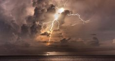 Venezuela's 'everlasting storm': The Catatumbo Lightning is a recurring thunderstorm that has changed history — and what a show! #science #weather #storm