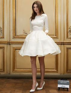 Short wedding dress with long sleeves by Delphine Manivet