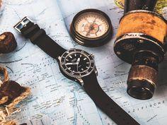 * Automatikwerk mit Datumsanzeige * Edelstahlgehäuse 45 mm, Saphirglasboden * Wasserdichtigkeit bis 20 bar Rolex Gmt, Rolex Submariner, Omega Speedmaster, Watches, Leather, Diving, Accessories, Blog, Luxury Watches