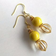 As you go on your jewelry making journey, you'll find that you will frequently encounter wires. Fashion jewelry makers, the imaginative lot, have found numerous ways to integrate them in pieces in different ways. Mixed Metal Jewelry, Wire Jewelry, Beaded Jewelry, Jewelery, Handmade Jewelry, Silver Jewelry, Buy Earrings, Beaded Earrings, Fashion Earrings