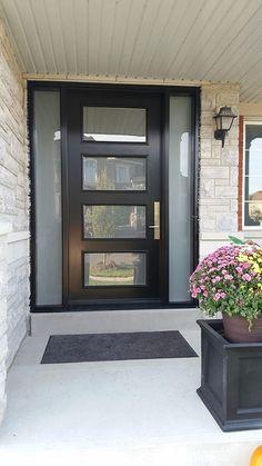 10 Gorgeous Entry door decor ideas Modern Exterior Door with Multi Point Door lites and 2 Side Lites installed in Toronto By Modern Doors Modern Garage Doors, Modern Exterior Doors, Modern Front Door, Exterior Front Doors, Front Door Design, Exterior Design, Garage Exterior, Exterior Remodel, Cafe Exterior