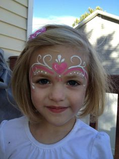 Easy for little girls Easy for little girls – About Face Makeup Princess Face Painting, Girl Face Painting, Painting For Kids, Simple Face Painting, Face Painting Unicorn, Tinta Facial, Butterfly Face Paint, Butterfly Painting, Face Painting Tutorials
