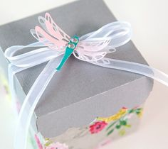 Embossed Dragonfly Box made with images from the Cricut® Sweet Tooth Boxes digital cartridge. Make It Now with the Cricut Explore machine and Cuttlebug in Cricut Design Space.