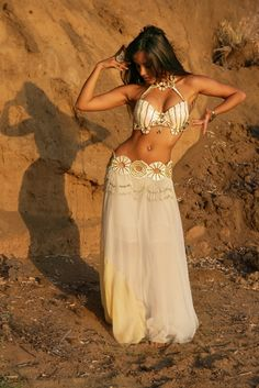 Ballet is Beautiful but so is Belly Dancing! I would love to learn how to belly dance!!