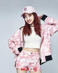 #twice #tzuyu #sana #mina #nayeon #jiyho #chaeyoung #jeongyeon #momo #dahyun