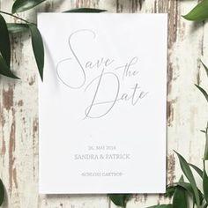 Gerade werden bei uns ganz schön viele Save the Date Karten und Einladungen für die Hochzeiten im nächsten Jahr hergestellt. Das heißt: neue Brautpaare treffen, Ideen besprechen, Konzepte entwickeln und drucken, drucken, drucken. Sandra & Patrick haben sich für ein ganz schlichtes, filigranes Design entschieden, das mit Letterpress auf unser Lieblingspapier Cotton von @gmundpaper gedruckt wurde. Das wird eine tolle Hochzeit mit @sagtja ❤️... . // Traufabrik | Köln | Annika . . #traufabrik…