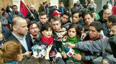 Ministros participaron en marcha de la CUT y defendieron reforma tributaria