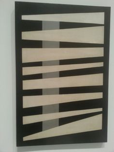 """""""El negro es un color"""". Mateo Manaure. Exposición""""La Invención Concreta"""". Colección Patricia Phelps. Museo Reina Sofía. Madrid #ArteContemporáneo #ContemporaryArt #Art #Arte #Arterecord 2013 https://twitter.com/arterecord"""