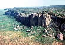 Imagen de http://www.savanna.org.au/information/images/escarp.jpg.