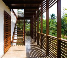 Passive cooling with wide verandas