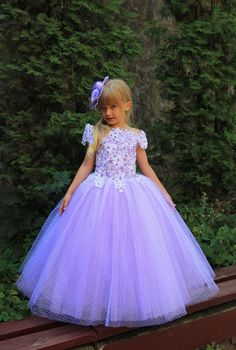 Easter or Birthday Dress. Gorgeous flower girl dress with multilayered skirt, corset with applique and rhinestones, zipper and lacing.  Item material: upper layer of the