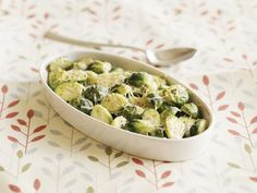 Sprouts, Potato Salad, Potatoes, Vegetables, Ethnic Recipes, Food, Brussels Sprouts, Tips And Tricks, Chef Recipes