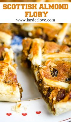 Traditional Scottish almond flory is a rich and tasty lattice tart. #scottishbaking #tarts #cakesandbakes #larderlove