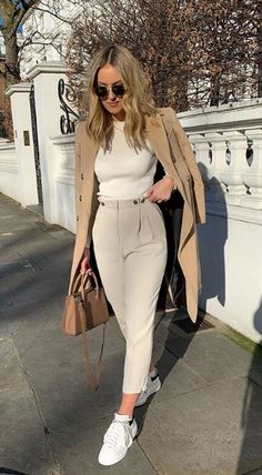 Casual Work Outfits, Professional Outfits, Mode Outfits, Classy Outfits, Stylish Outfits, Elegantes Business Outfit, Elegantes Outfit, Winter Fashion Outfits, Look Fashion