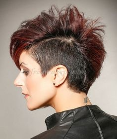 felnyírt+női+frizurák+-+oldalt+felnyírt+rövid+frizura