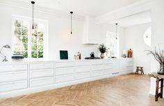 handcrafted_interior