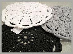 Virkkuukoukussa.fi knitted carpets