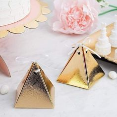 Balsacircle 25 Gold Pyramid Wedding Favor Boxes with Satin Ribbons! Wedding Art, Wedding Gifts, Ramadan Decoration, Christmas Favors, Christmas Wrapping, Egyptian Party, Anniversary Favors, Ribbon Cards, Reception Party