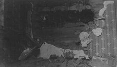 Volltreffer in die Unterkunft.  Foto vom 16. März 1916 aus dem Nachlass von Wilhelm Pape, FArtRgt 51.