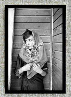audrey hepburn, black and white, and vintage image Divas, Vintage Beauty, Classic Hollywood, Old Hollywood, Audrey Hepburn Outfit, Aubrey Hepburn, Eleonore Bridge, Katharine Hepburn, Fair Lady
