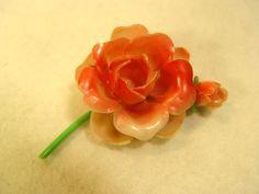 Flower Pin The Wonders of Plastics Vintage Rose and Bud