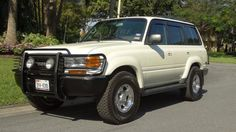 1991 LAND CRUISER ALL WHEEL DRIVE THIRD ROW SEAT EXCEPTIONAL CONDITION MUST SEE for sale: photos, technical specifications, description