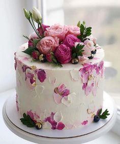 Birthday Cake For Women Elegant, Elegant Birthday Cakes, Beautiful Birthday Cakes, Birthday Cakes For Women, Happy Birthday Cakes, Flower Birthday Cakes, Small Birthday Cakes, Colorful Birthday Cake, Birthday Kids