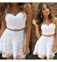 Vestido Branco em Renda