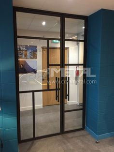 Manufacture of a glazed type glass door Types Of Doors, Glass Door, Canopy, Saint Louis, Kitchens, Furniture, Home Decor, Modern Driveway, Decoration Home