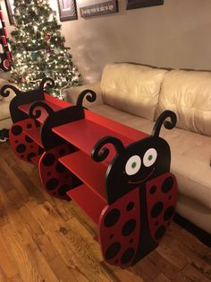 Ladybug bookshelf by on Etsy Ladybug Room, Ladybug Nursery, Ladybug Art, Ladybug Crafts, Painted Chairs, Painted Furniture, Ladybug Party Supplies, Baby Furniture, Wood Crafts