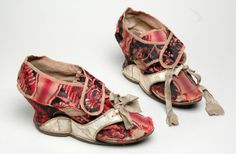 Pair of shoes with pattens, Leeds, early 18th C, leather, silk, canvas.