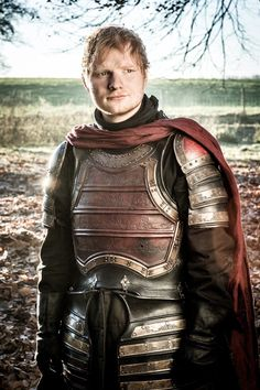 Ed Sheeran's Surprise Cameo on Game of Thrones. (I really think Ed Sheeran should continue the song he was singing from that episode and make it a single) Game Of Thrones Br, Game Of Thrones Premiere, Game Of Thrones Characters, Gary Lightbody, Stevie Wonder, Arya Stark, Style Blog, Michael Jackson, Big Battle