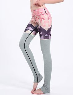 2a1b0788830e1 Eagle In Triangles Sky Grey Tights Matched Ruched Gym Stirrup Leggings