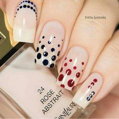 Nail Art, Nail Designs, Celebrity Nails,Lily Allen's Manicure - Reny styles Dot Nail Art, Polka Dot Nails, Polka Dots, Diy Nails, Cute Nails, Pretty Nails, Fabulous Nails, Gorgeous Nails, Pencil Nails